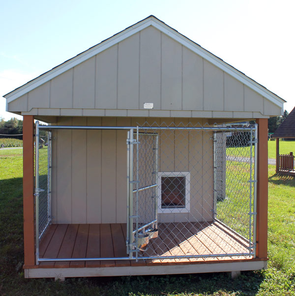 Animal shelters pet shelters pet houses horse barnes for Dog house and run